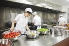 高考考生就餐尽可能在家或学校食堂
