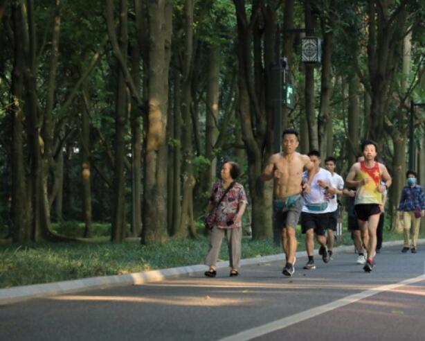 南宁健身好去处!环湖跑、晨练,在这开启活力一天